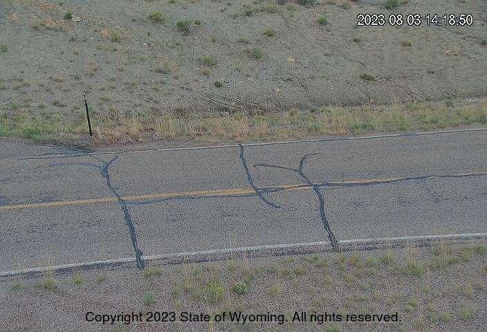 WYO 430 - Rifle Ridge - Road Surface
